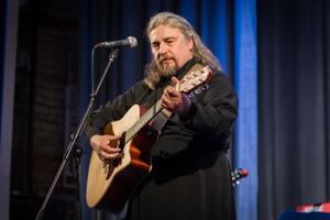 В Покровске состоялся концерт диакона Николая Червона